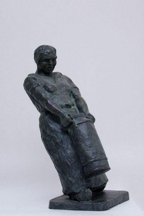 Boerenmeid, brons, 1937, 55 cm