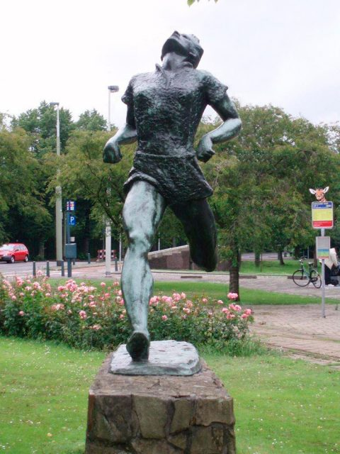 Fanny Blankers-Koen. Brons, Blijdorp Rotterdam